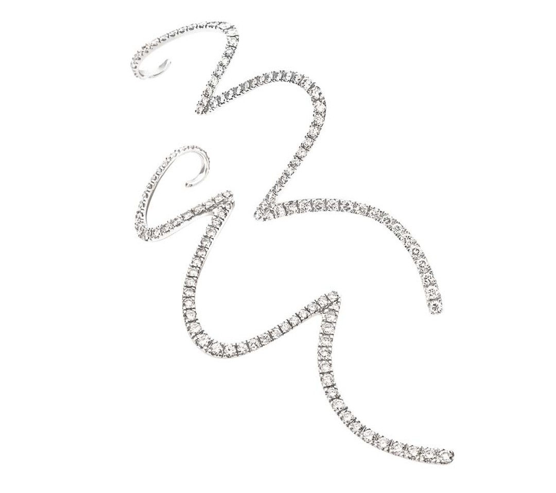 H.Stern's 2008 Oscar Niemeyer collection zig zag white gold and diamond earrings are inspired by the clean lines from Niemeyer's sketches.