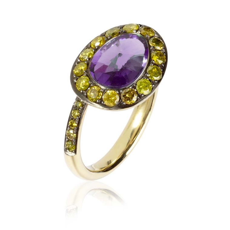 Annoushka Dusty Diamonds yellow gold ring with yellow diamonds and a centre amethyst.