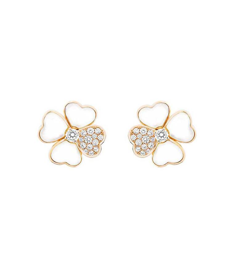 Van Cleef & Arpels Cosmos earrings in rose gold with brilliant-cut diamond buds surrounded by white mother-of-pearl and diamond petals
