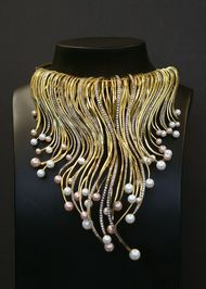 Myungji Ye Line Series gold necklace with diamonds and pearls