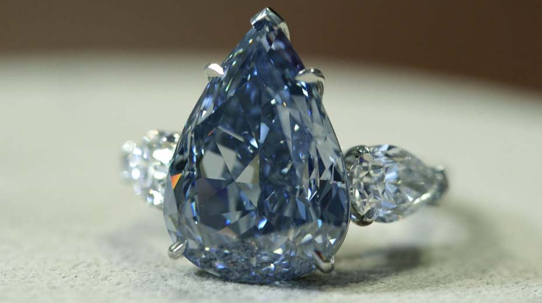 'The Blue' diamond - at 13.22ct the world's largest flawless Vivid blue diamond - leads Christie's Magnificent Jewels auction in Geneva on 14 May 2014