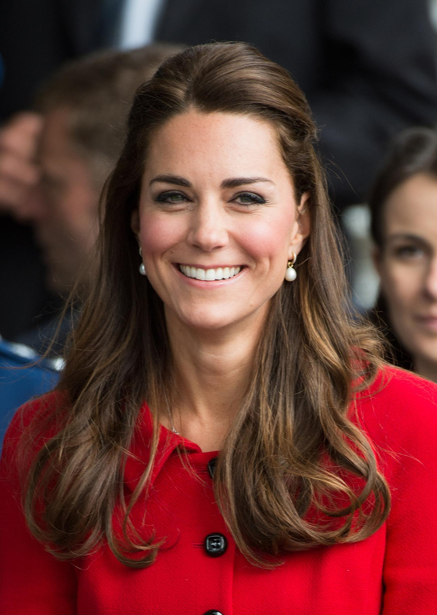 Kate Middleton, the Duchess of Cambridge, wearing Annoushka pearl drop earrings during the spring 2014 Royal Tour of Australia and New Zealand