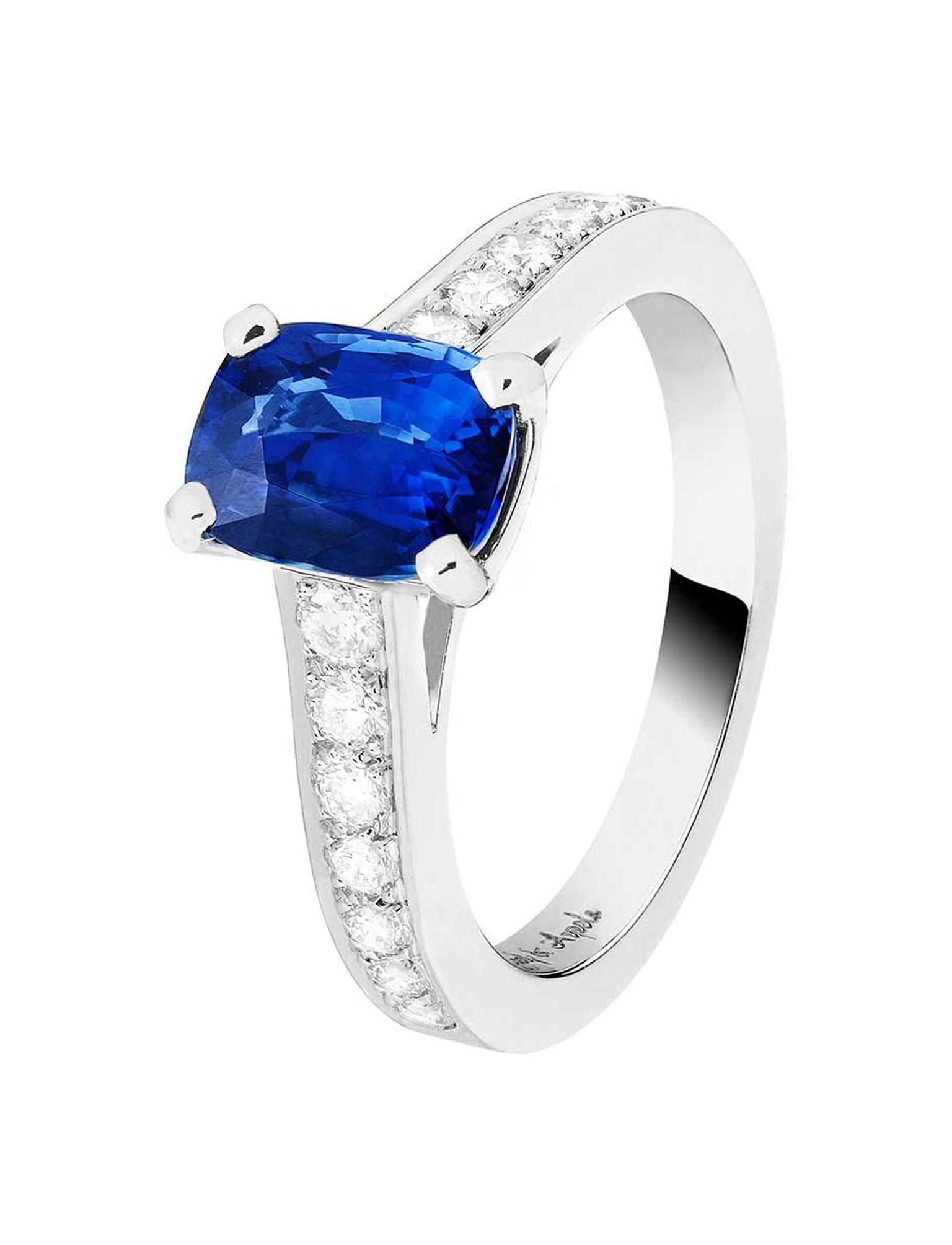 Worn by Kirsten Dunst to the 2014 Met Ball, the Van Cleef & Arpels Pushkar platinum ring featuring a 2.60ct sapphire and diamonds