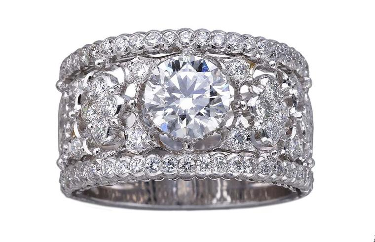 Buccellati Romanza diamond engagement ring