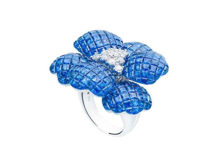 Damian by Mischelle Flower ring with sapphires and diamonds