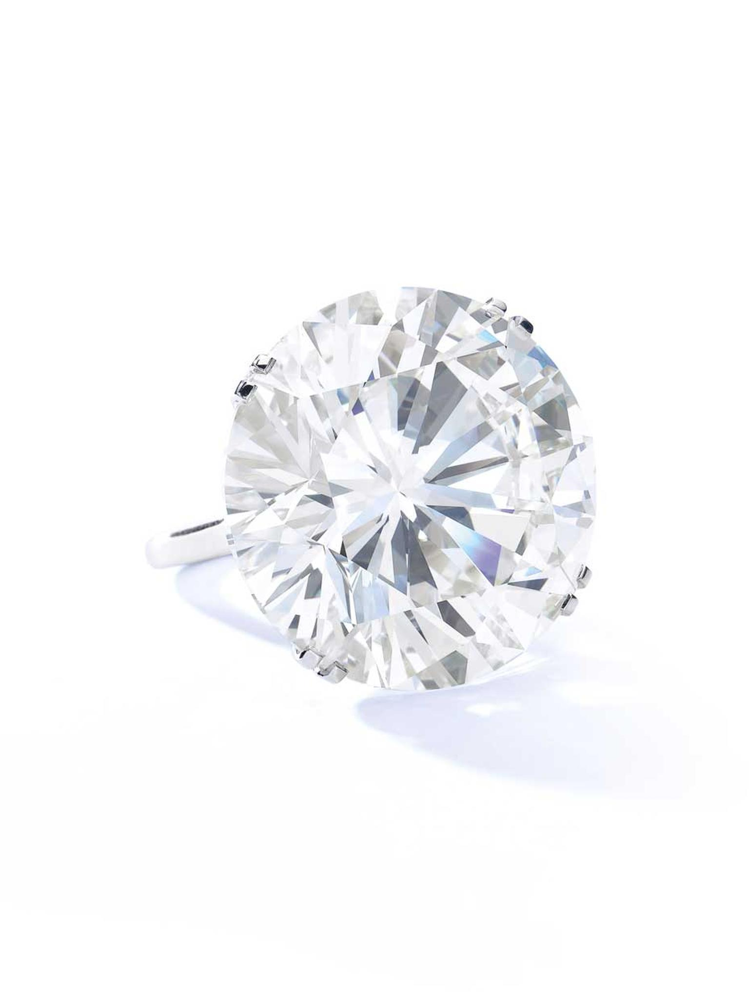 Graff 103.46ct diamond ring. Sold for CHF 4,309,000 (estimate: CHF 3,200,00 - 4,460,000)