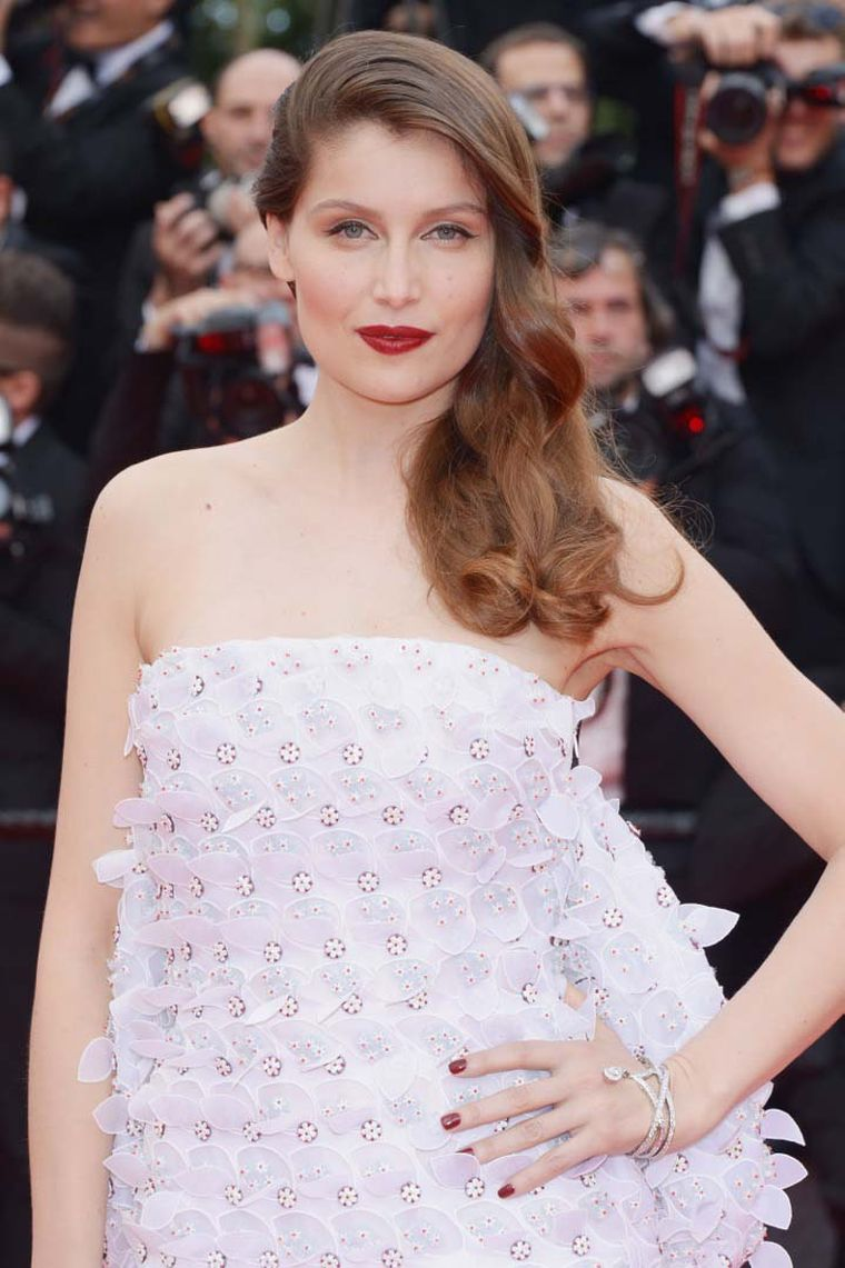 The actress Laetitia Casta looked pretty in pink in Christian Dior Couture, worn with a diamond bracelet from Chaumet's 12 Vendome collection