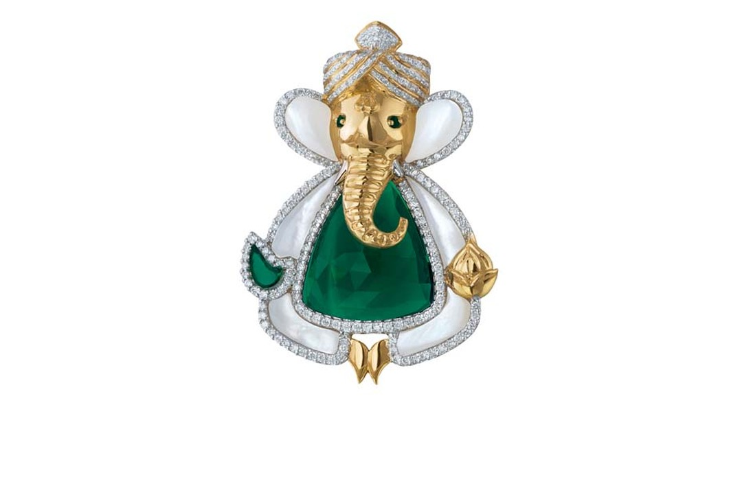 MINAWALA Festival of Emeralds collection pendant in white and yellow gold with diamonds, mother of pearl, emerald and green quartz