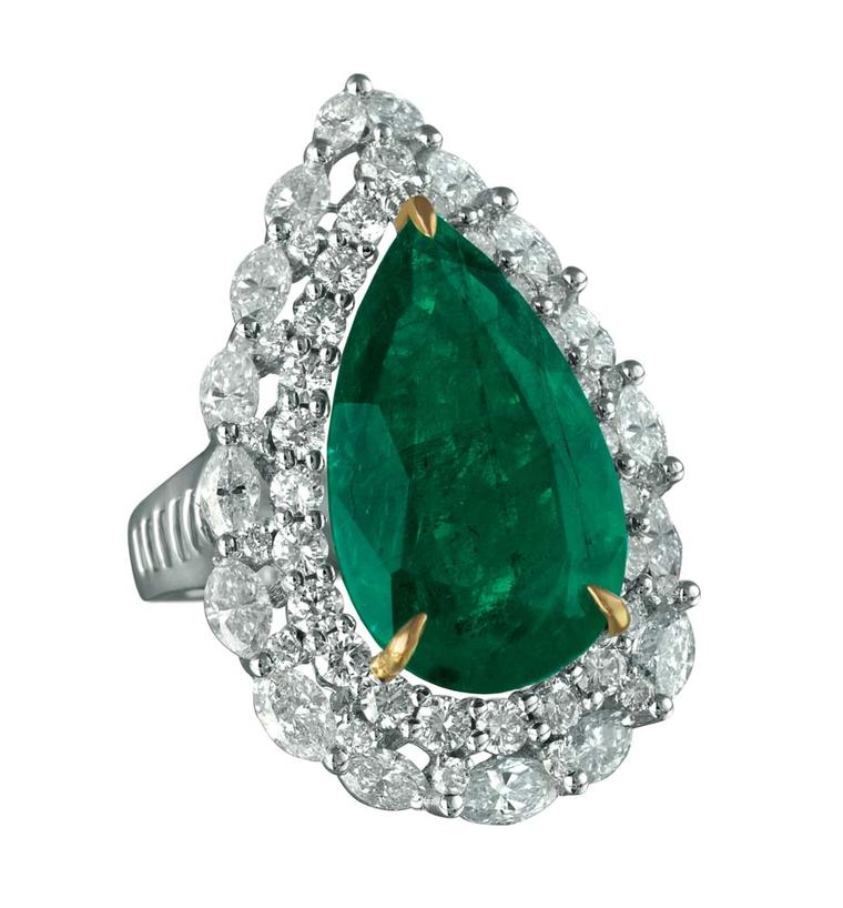 MINAWALA Festival of Emeralds collection ring in white and yellow gold with diamonds and a central emerald