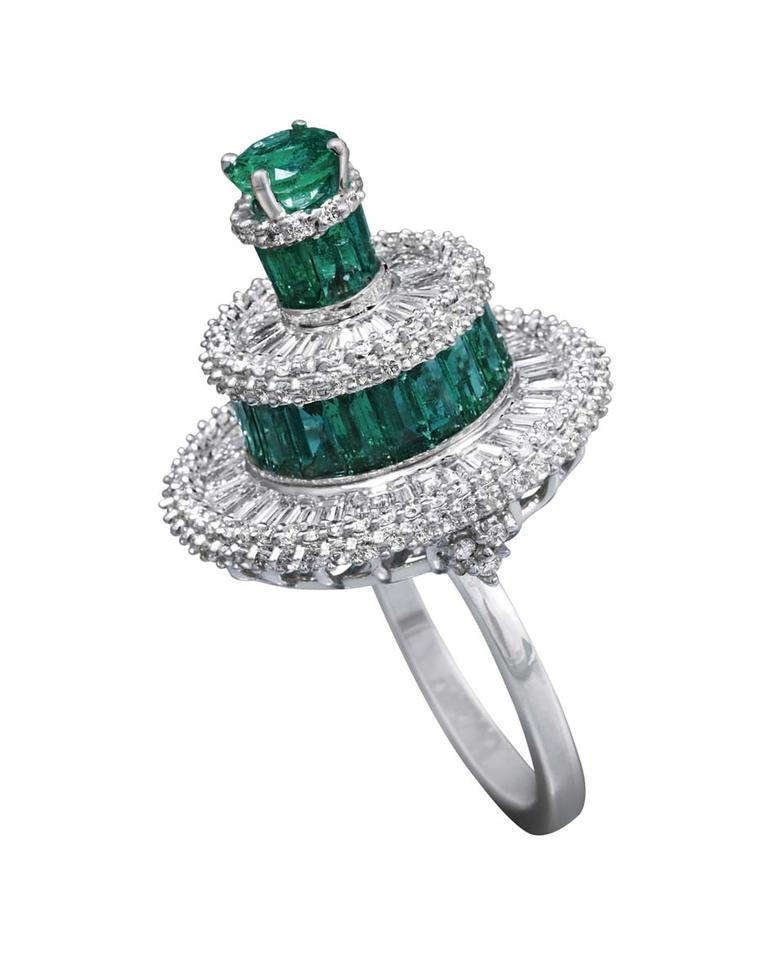 MINAWALA Festival of Emeralds collection ring in white and yellow gold with diamonds and emeralds