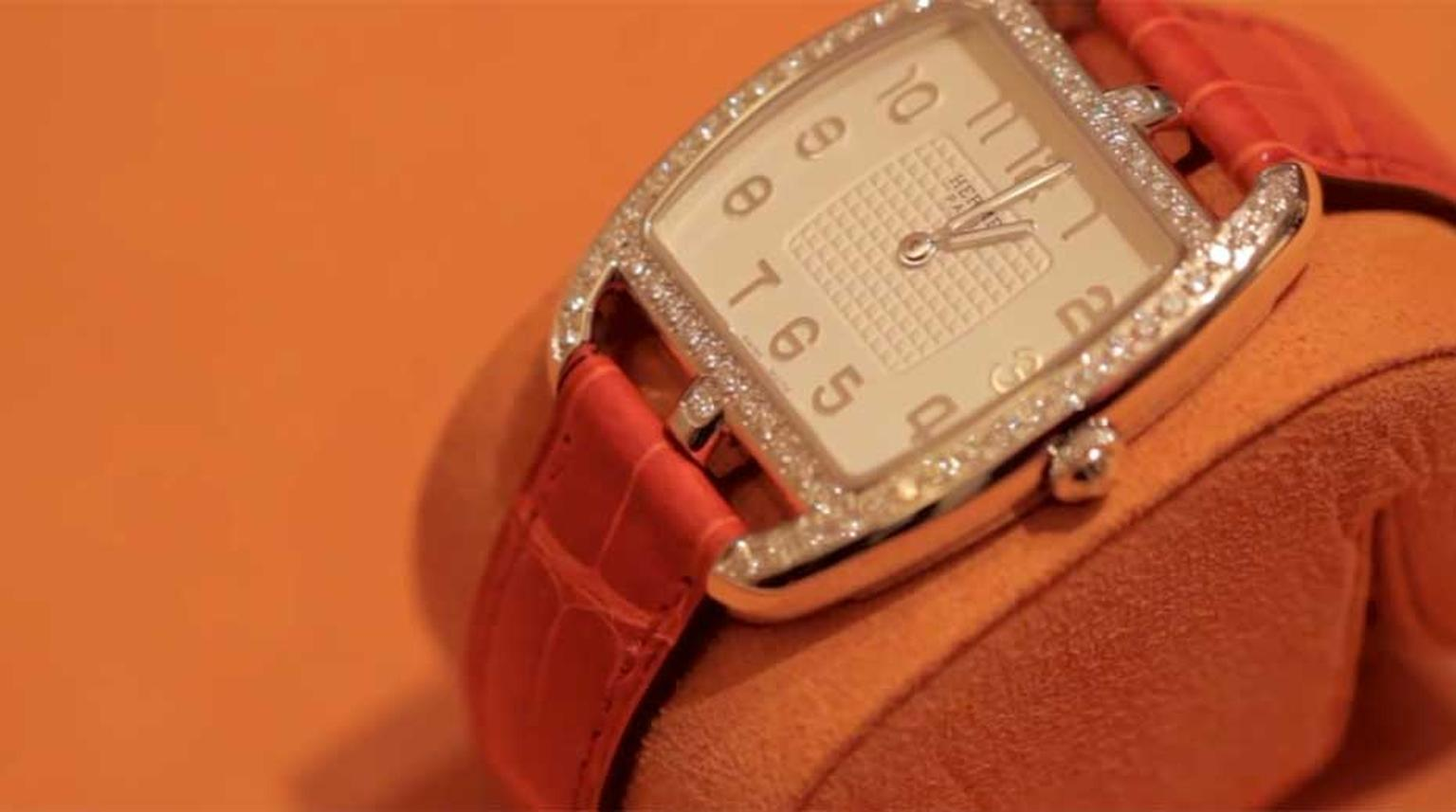 Hermès' latest Cape Cod watch is now available in silver, which may not sound like big news, but there are very few watches made of silver