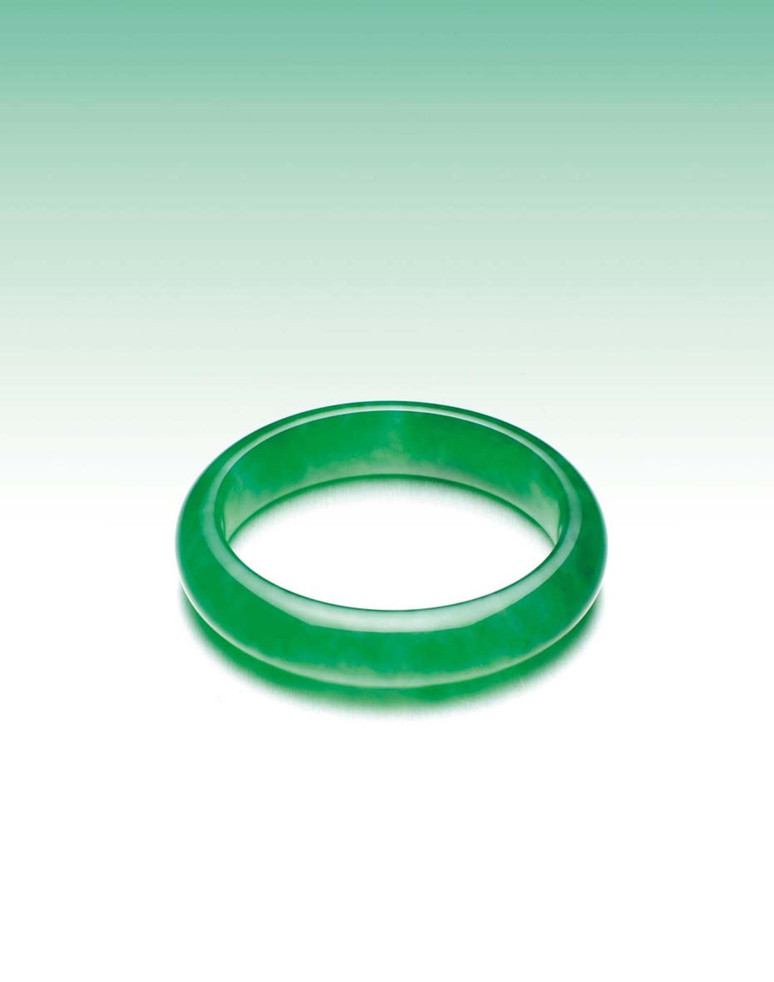 Jadeite bangle (estimate: US$3.8-6.5 million)