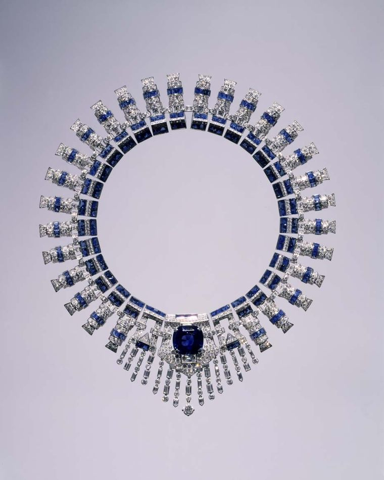 The Cartier necklace with sapphires and diamonds worn by Marjorie Merriweather Post in her portrait. Image: Courtesy Hillwood Estate, Museum and Gardens