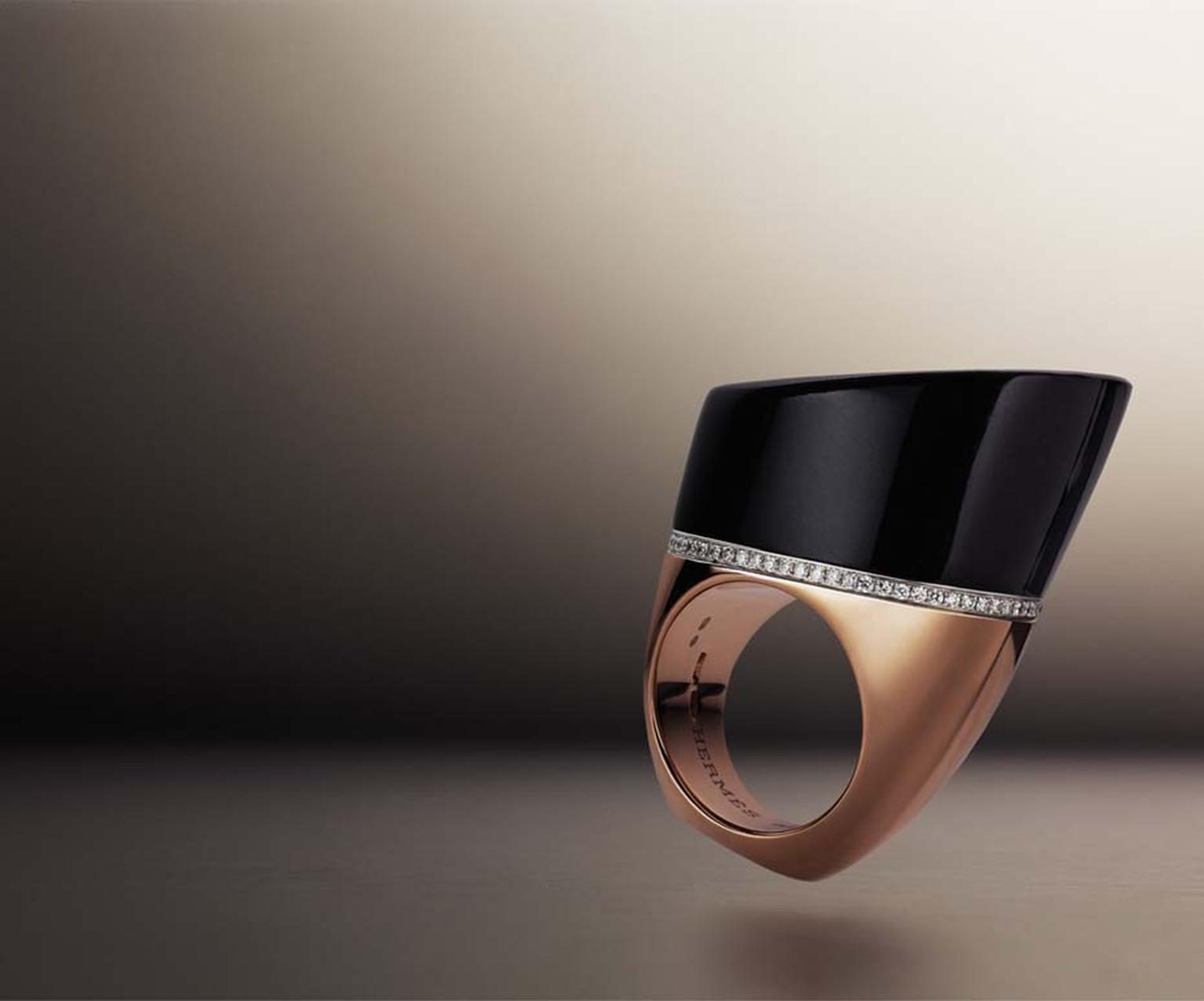 Hermès Centaure ring in rose gold with black jade and diamonds.