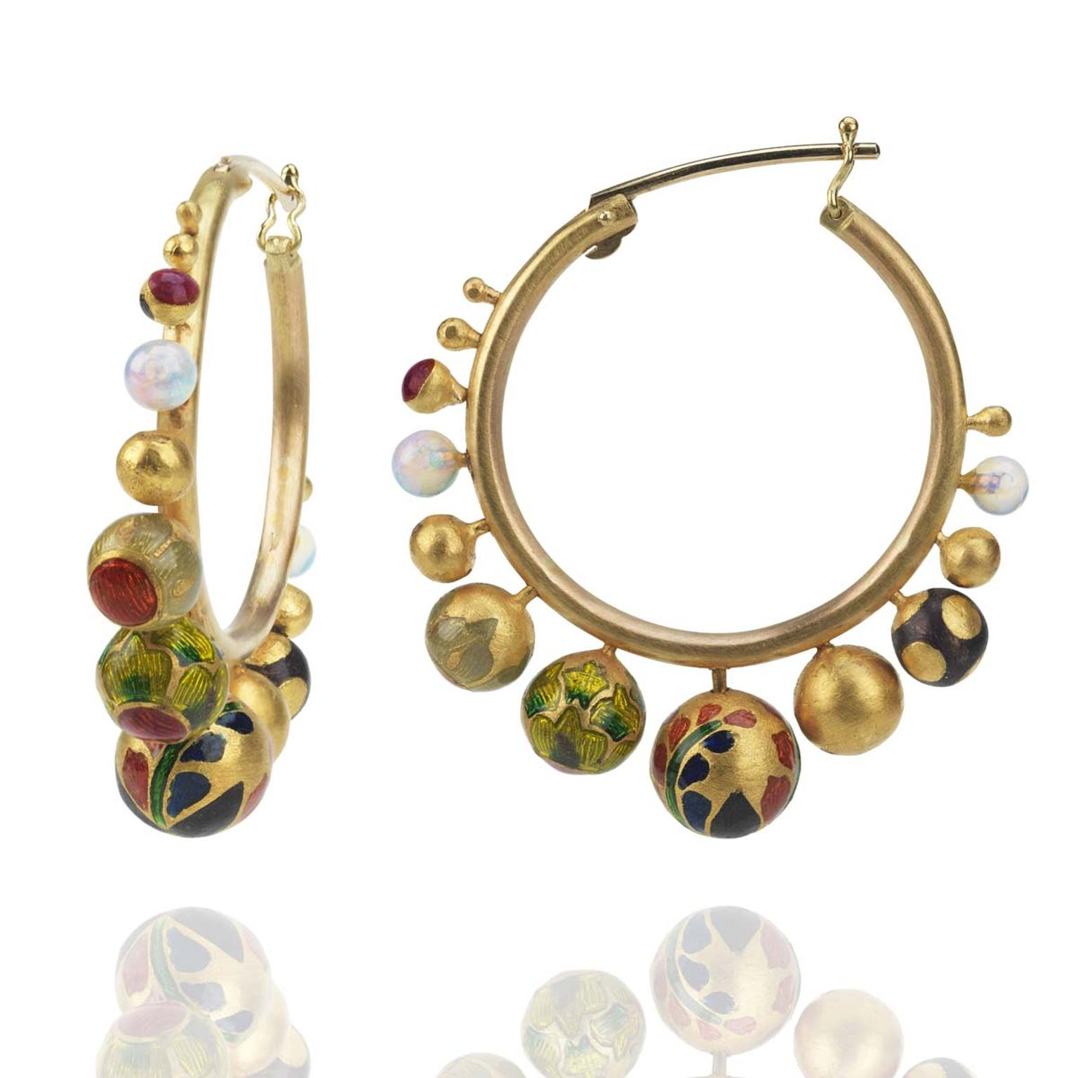 Alice Cicolini Kimono Hoop earrings in yellow gold with white opals and vitreous enamel spheres.