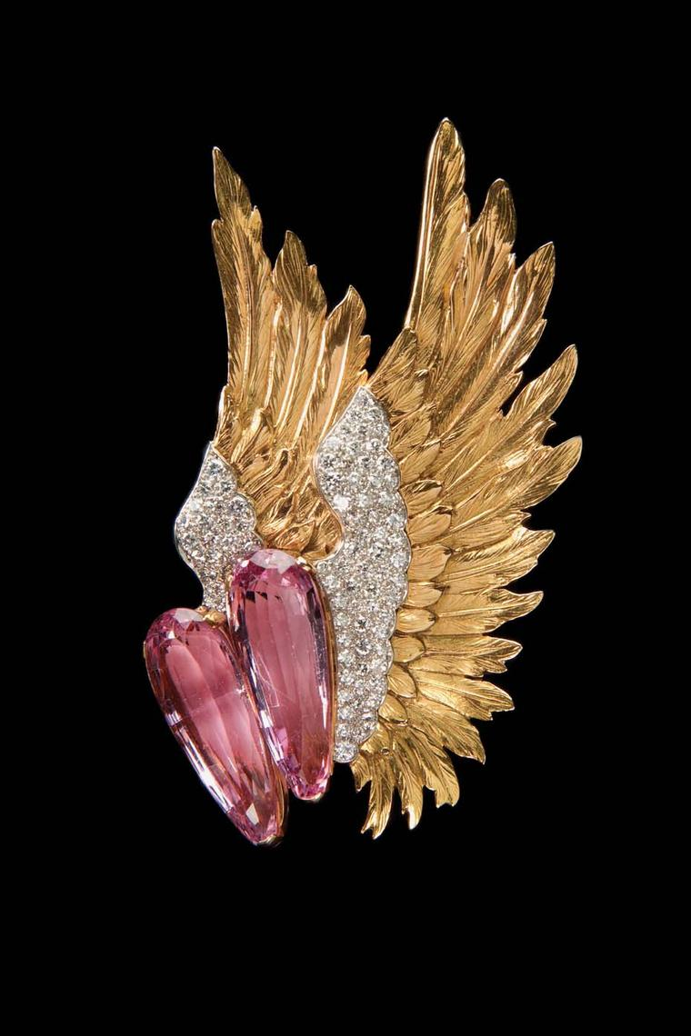 Verdura gold Winged brooch featuring pink topaz and diamonds, circa 1938.