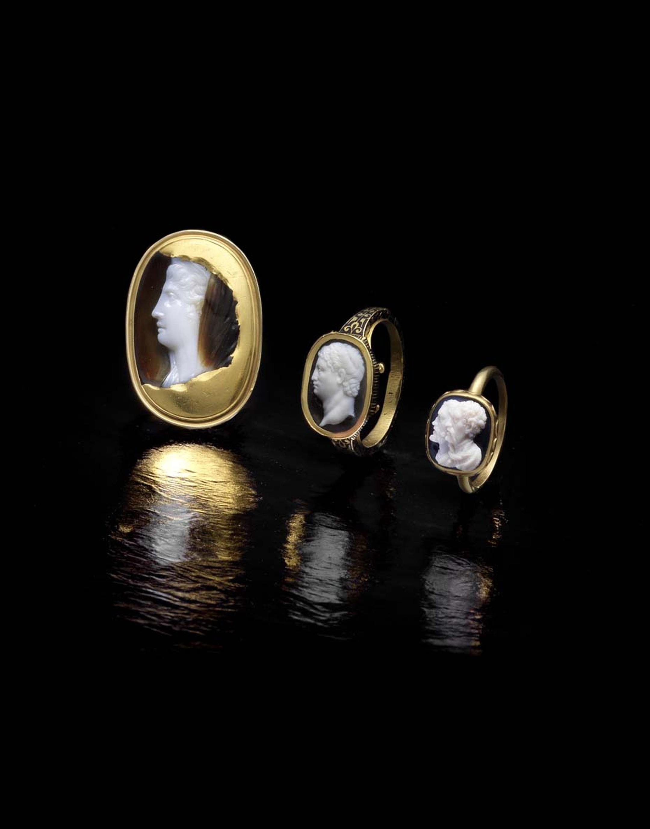 Various cameo rings, all part of the Ceres Collection, collected by an American family over a period of 60 years was sold on 17th September 2014 at Bonhams London.