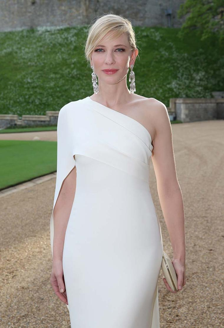 Cate Blanchett in a Ralph Lauren ivory silk evening dress paired with a diamond Chunky Chain ring and New Romantic rock crystal earrings.