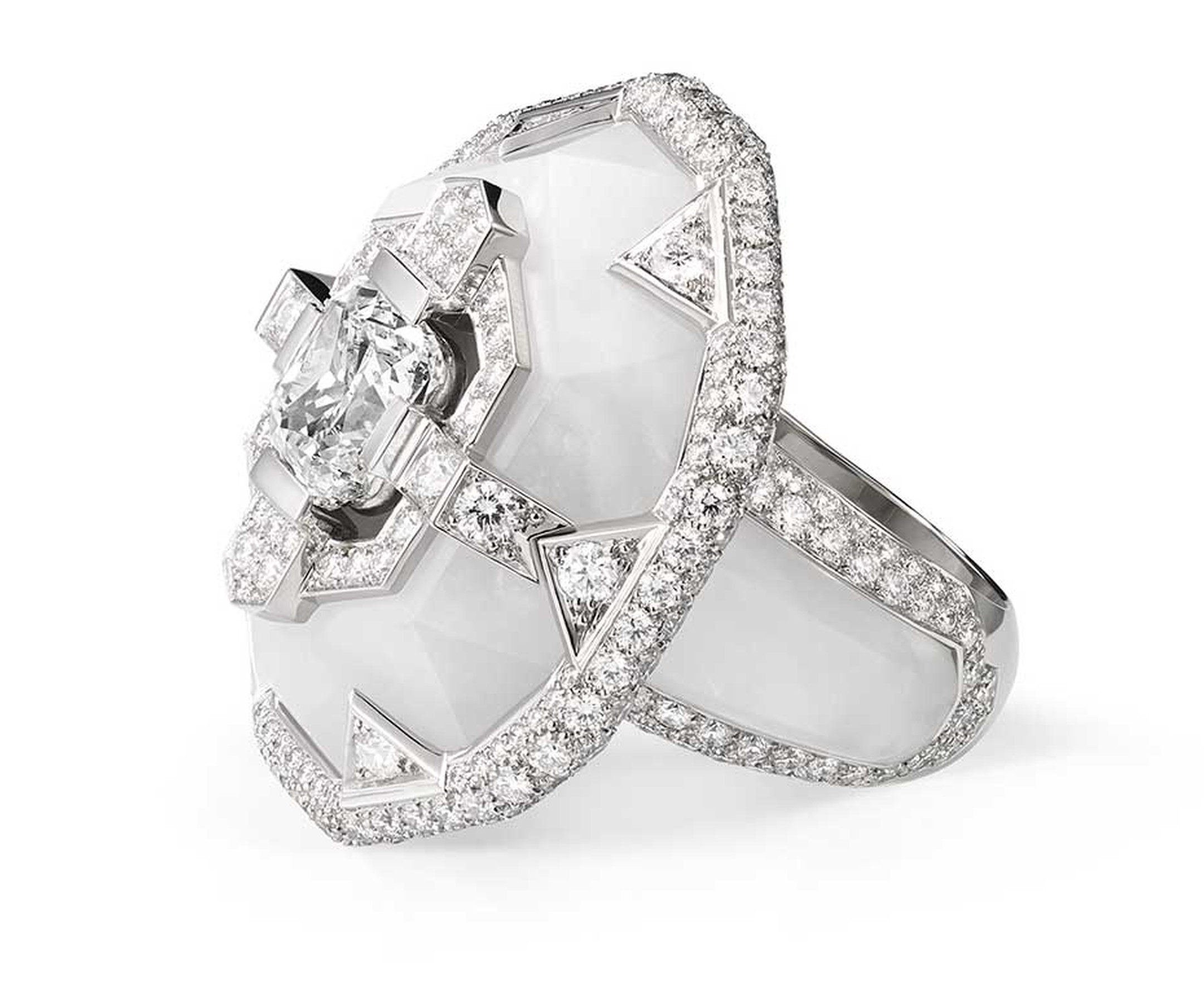 Chaumet Lumieres d'Eau high jewellery ring in platinum and rock crystal, set with a central cushion-cut diamond, brilliant-cut and troidia-cut diamonds.