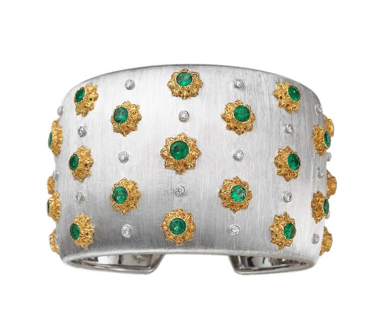 "Buccellati cuff bracelet with emerald and diamonds, engraved using the ""regato"" technique, a Buccellati speciality."