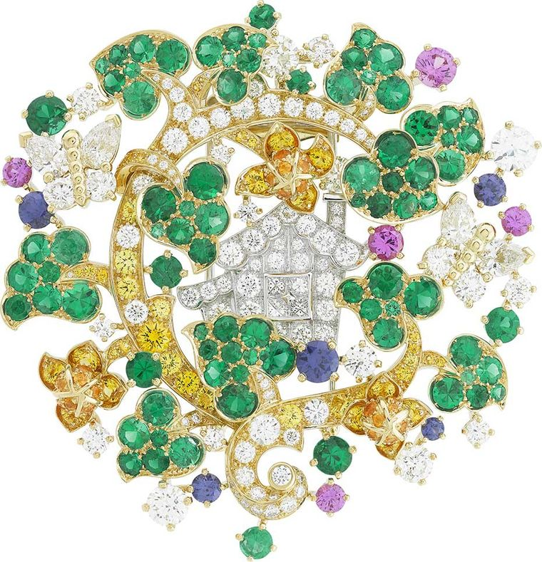 Van Cleef & Arpels Peau d'Ane Enchanted Forest collection Forêt merveilleuse clip in white  and yellow gold with round, pear-shaped and princess-cut diamonds, yellow diamonds, pink and purple sapphires and emeralds.