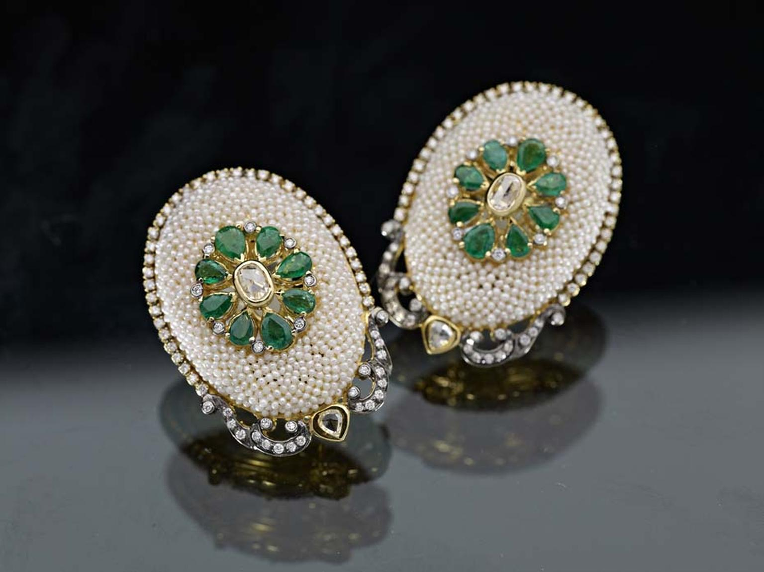 Moksh Taantvi collection earrings set with Zambian emeralds, rose and brilliant-cut diamonds and fine Japanese keshi pearls.