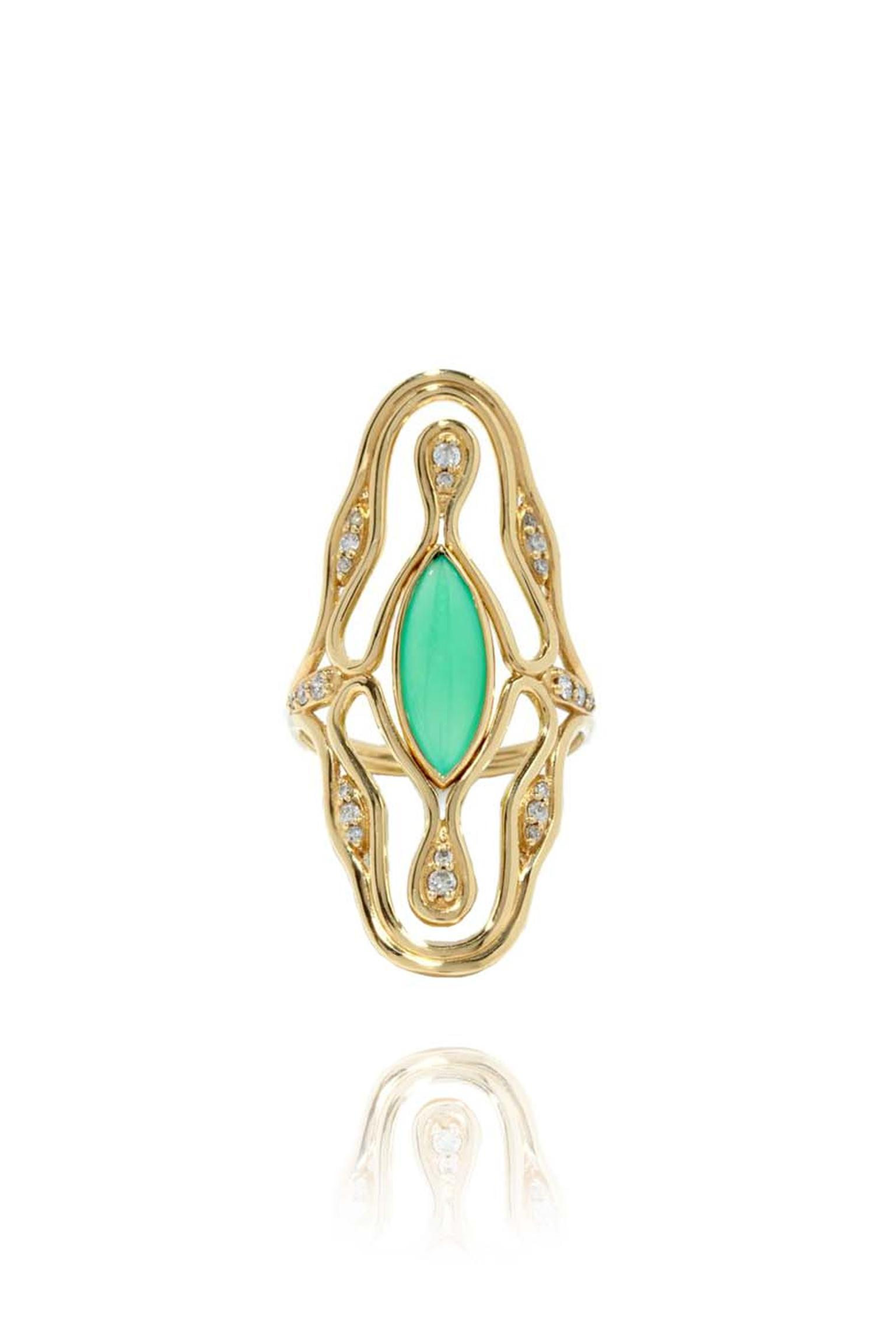 Fernando Jorge Fluid Long yellow gold ring featuring diamonds and chrysoprase.