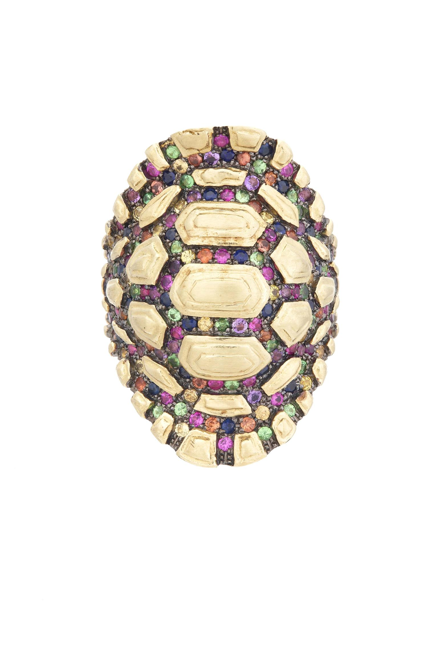Venyx Reptilia Tartaruga Rainbow Madagascar ring in yellow gold with multi-coloured gemstones.