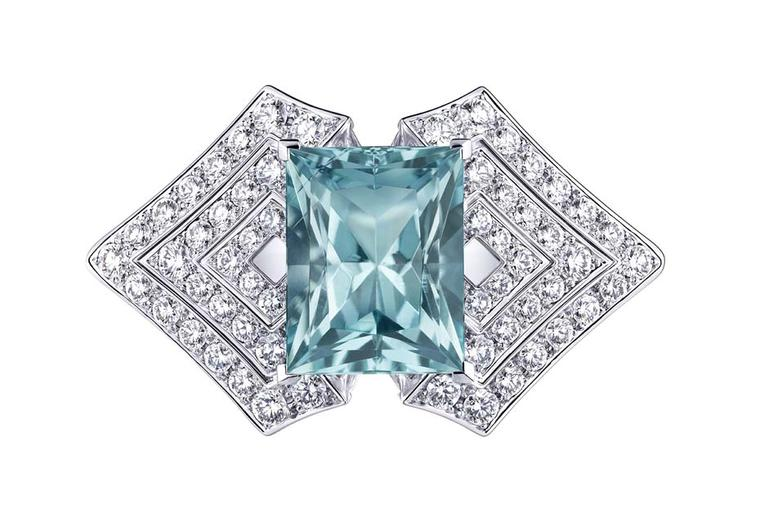 Louis Vuitton Acte V Genesis ring featuring a green emerald-cut beryl surrounded by brilliant-cut diamonds.
