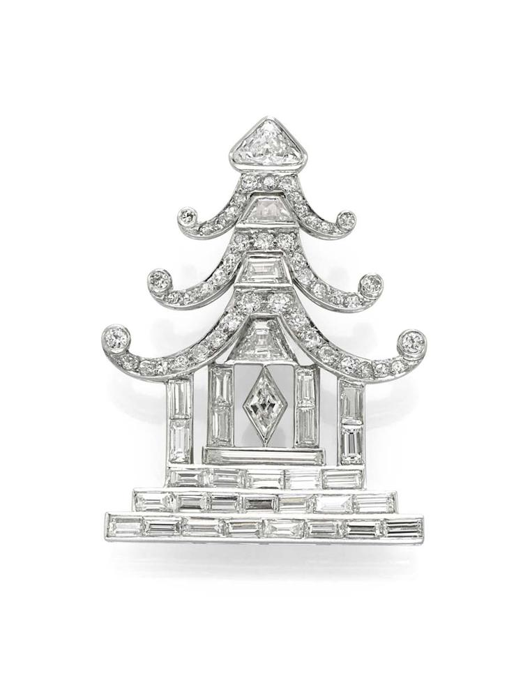 Art Deco temple brooch circa 1925, available at Simon Teakle.
