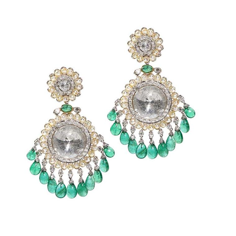 Golecha Chandelier earrings featuring emeralds, pearls and diamonds.