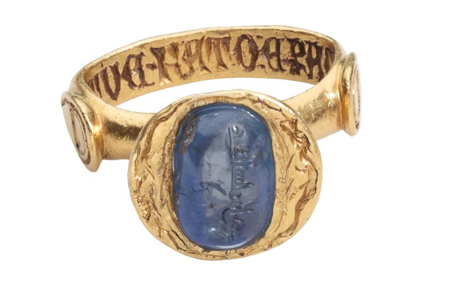 Les Enluminures medieval sapphire and gold ring.