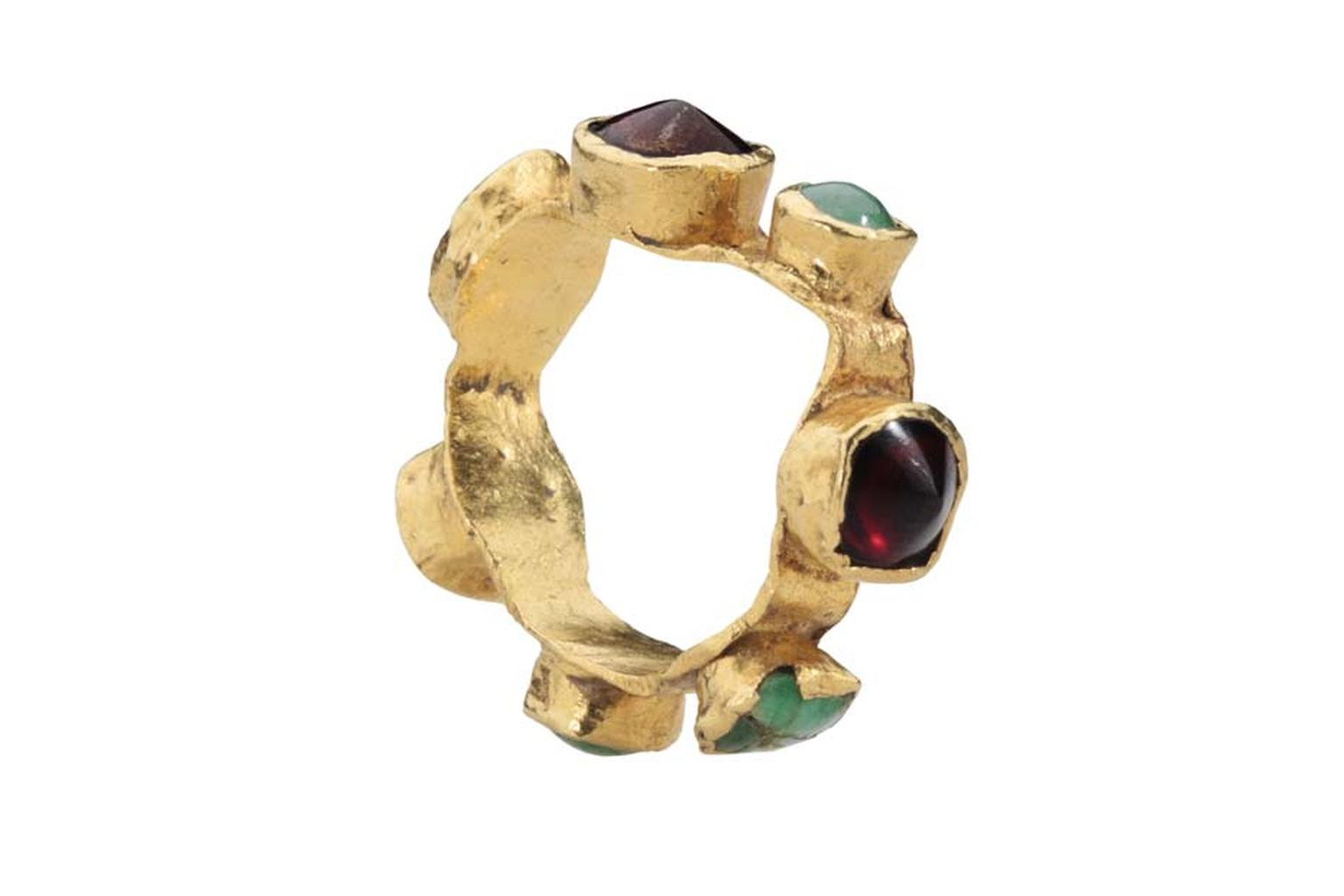 Les Enluminures gold Roman ring with cabochon garnets and jade.