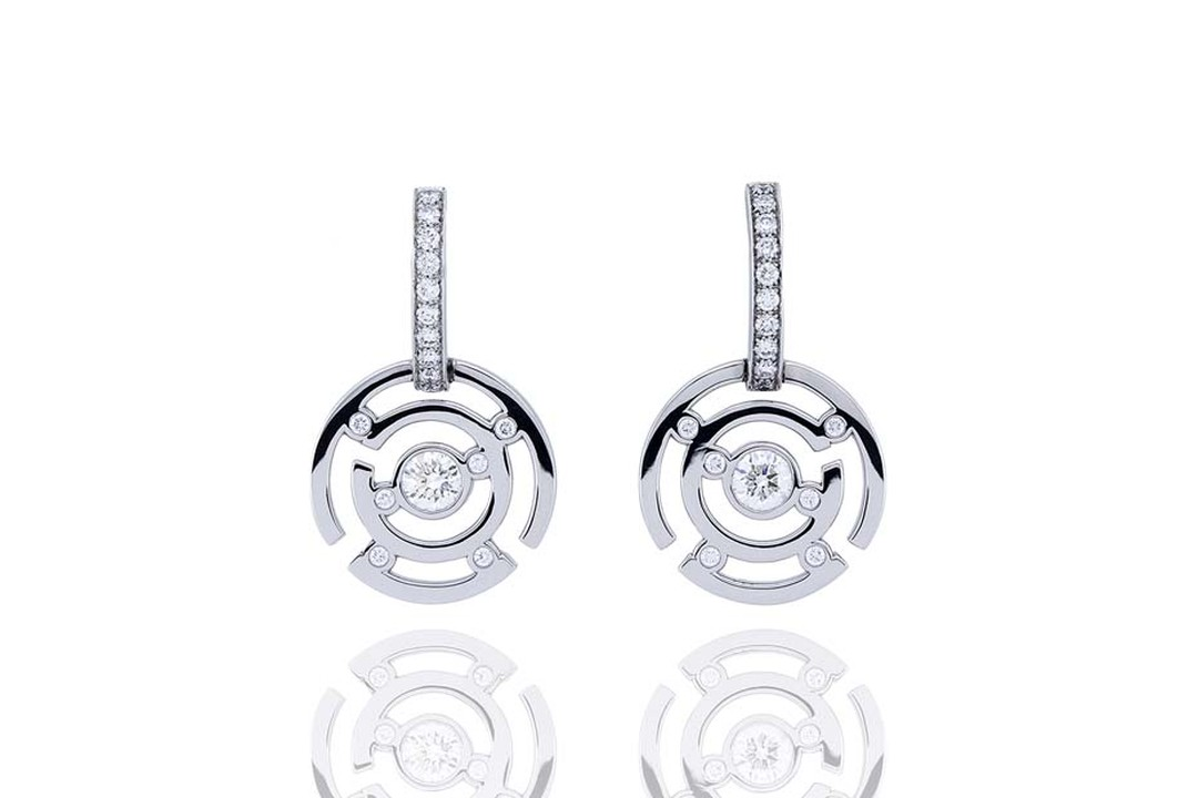 Boodles Maze collection diamond drop earrings in white gold.