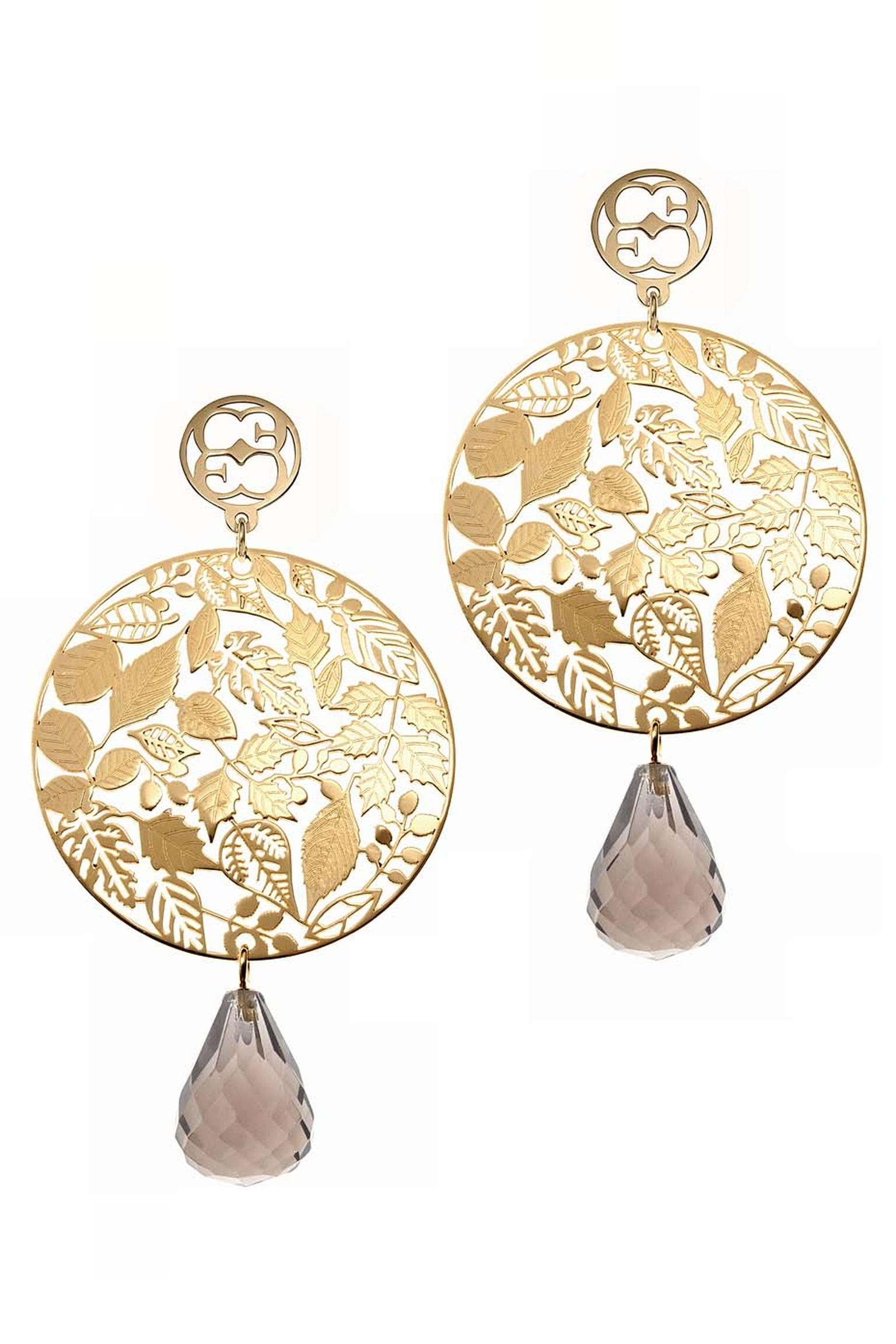 Elena C Celosías collection earrings with yellow gold-plated silver and smoky quartz (240€).