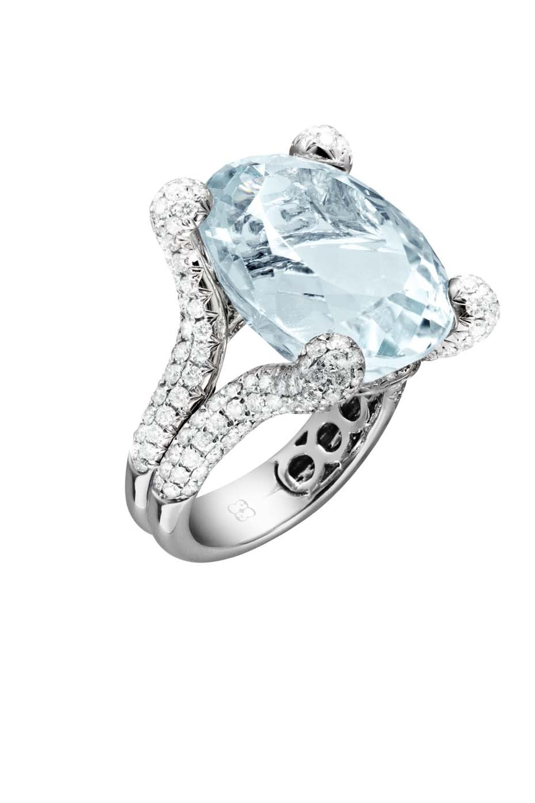 Elena C one-of-a-kind aquamarine ring set in white gold with diamonds (10,470€).