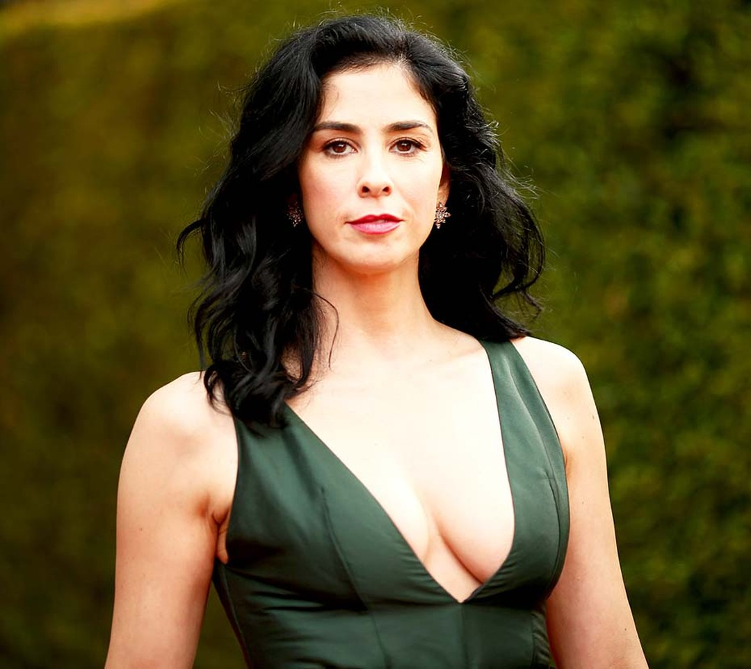 Comedian and Emmy Award winner Sarah Silverman wore a plunging Marni dress, which she complemented with Pasquale Bruni diamond earrings.