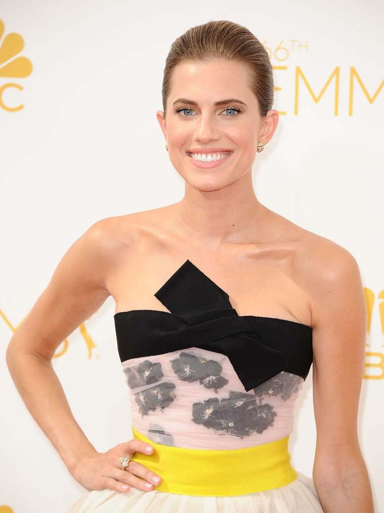 Allison Williams, from the HBO comedy-drama Girls, opted for understated elegance in jewels from Van Cleef & Arpels' Heritage collection for the 66th Annual Emmy Awards, held in Los Angeles.