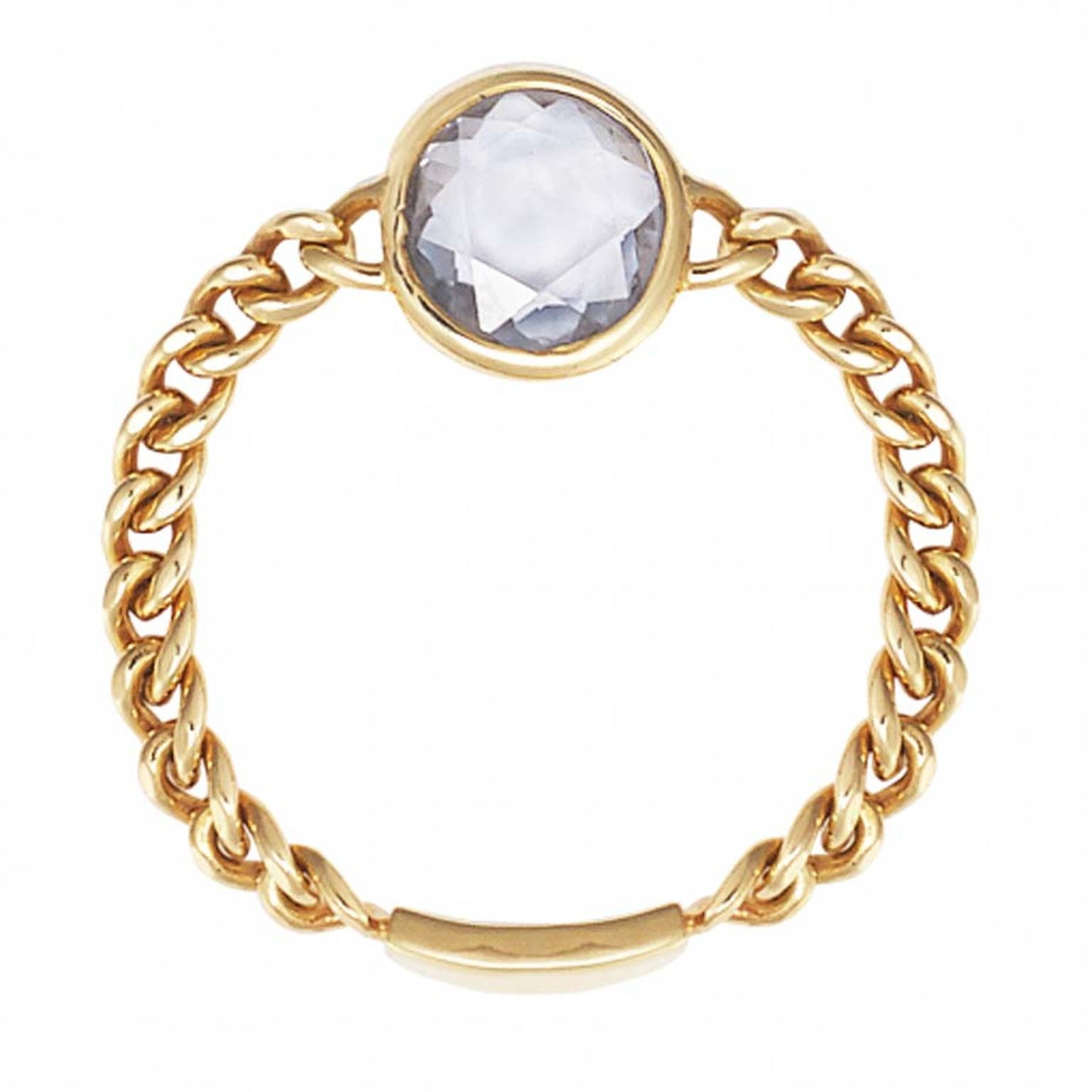 Sweet Pea rose-cut blue sapphire Chain ring in gold.