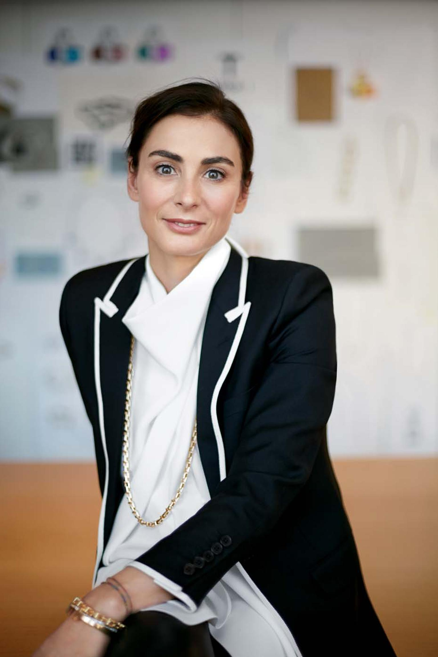 "Tiffany and Co.'s Creative Head Francesca Amfitheatrof joined Tiffany & Co. jewellery a year ago, having previously worked for Asprey, Garrard, Wedgwood, Gucci and Chanel. Speaking of the new Tiffany T jewellery collection, she says: ""I wanted to create a"
