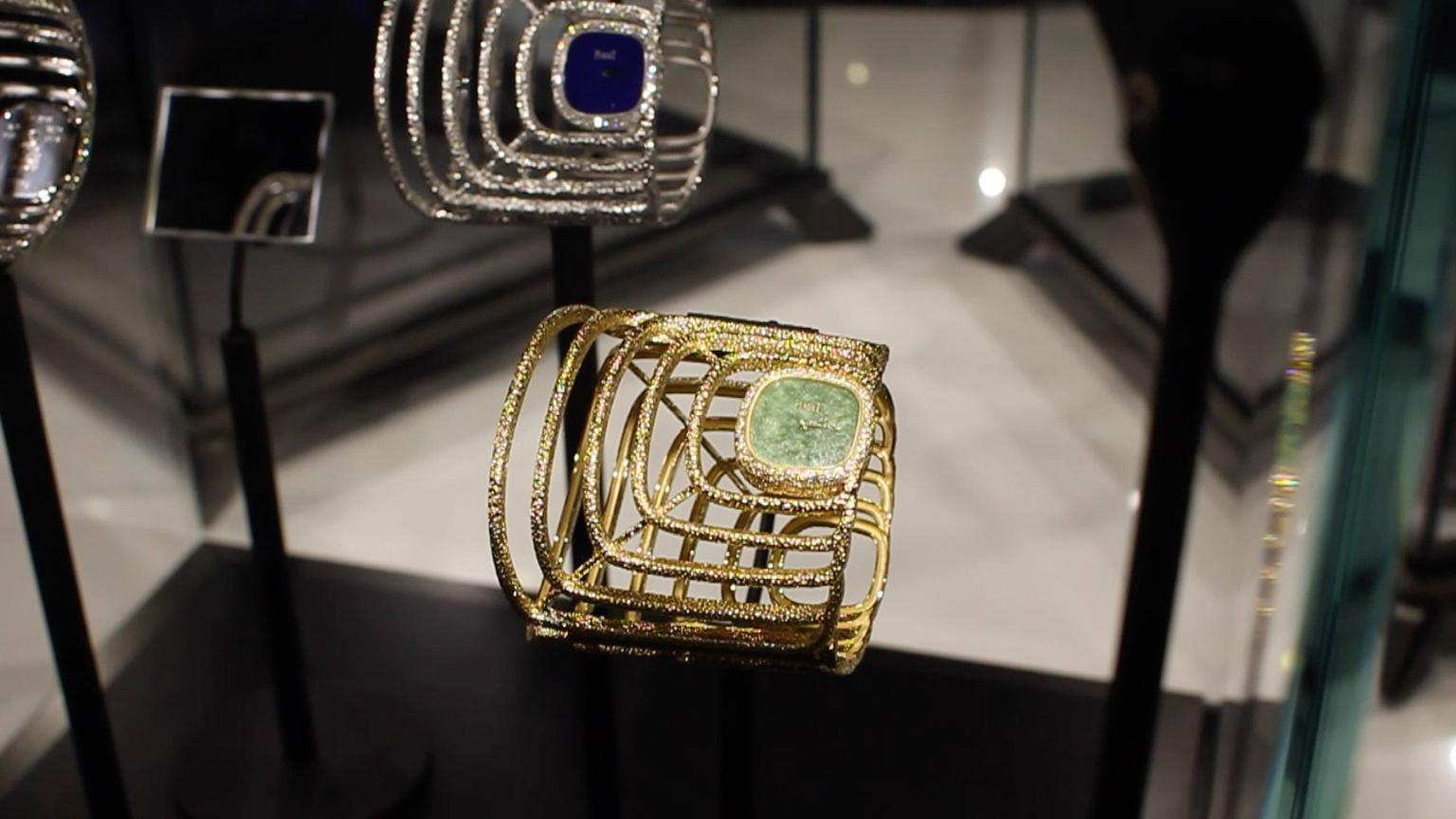 Extremely Piaget Cuff watch with a natural jade dial features hammered yellow gold, set with brilliant-cut diamonds, bringing together Piaget's jewellery and time keeping prowess in a beautiful high jewellery watch.