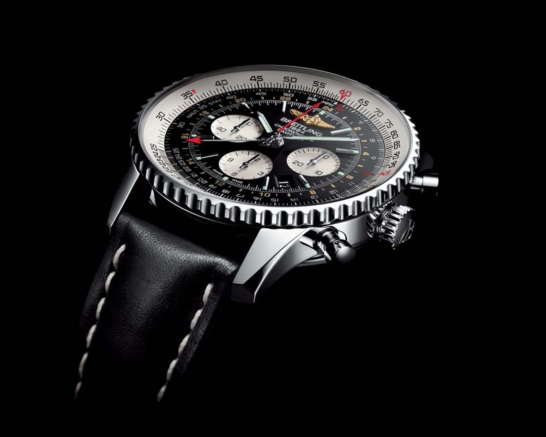 A cult object, the Breitling Navitimer GMT in steel has a dual time zone and, like all Breitling's professional watches, is a COSC-certified chronometer.