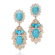 American vintage and estate jewelry house Fred Leighton places its unique jewels online with 1stdibs