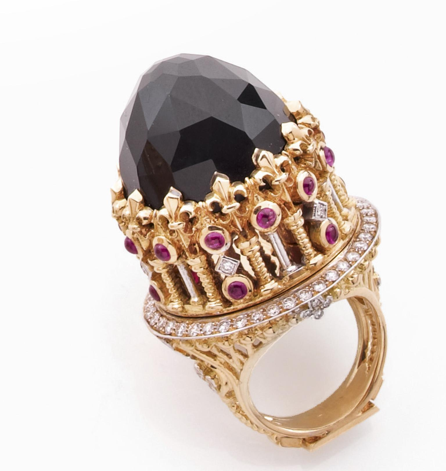 Jean Boggio Ca' d'Oro ring in yellow and grey gold with black jade, rubies and diamonds.