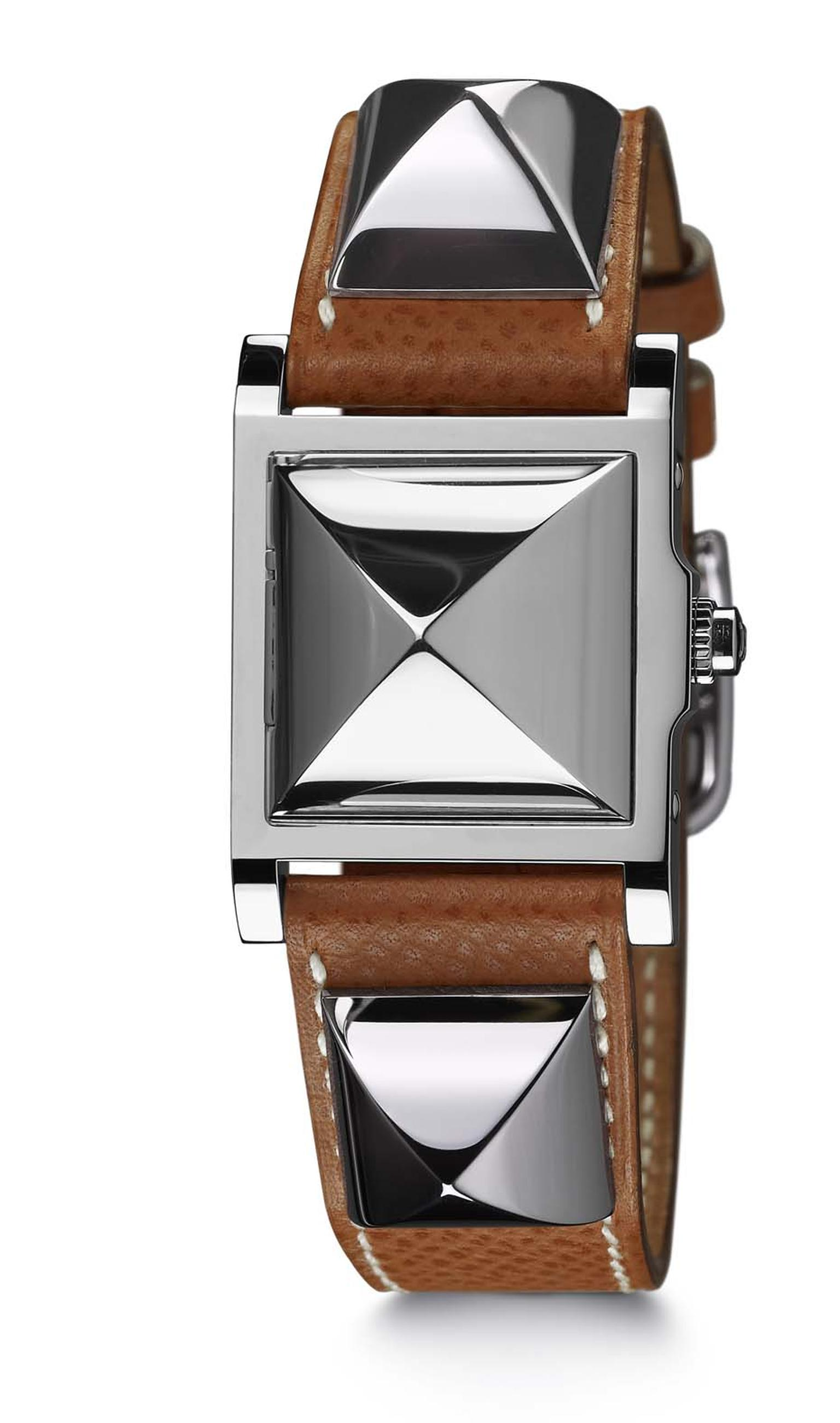Hermès Médor watch featuring rhodium-plated pyramids and a natural Barenia calfskin strap.