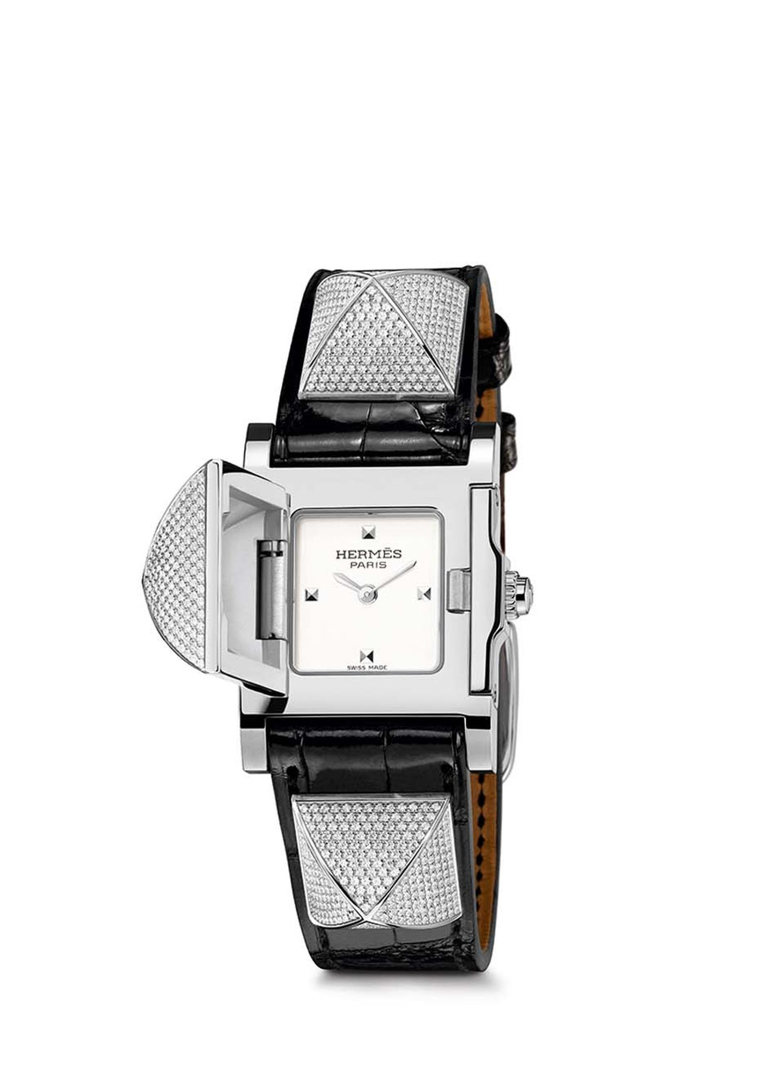 Hermès Médor smooth black alligator PM watch set with a total of 499 diamonds.