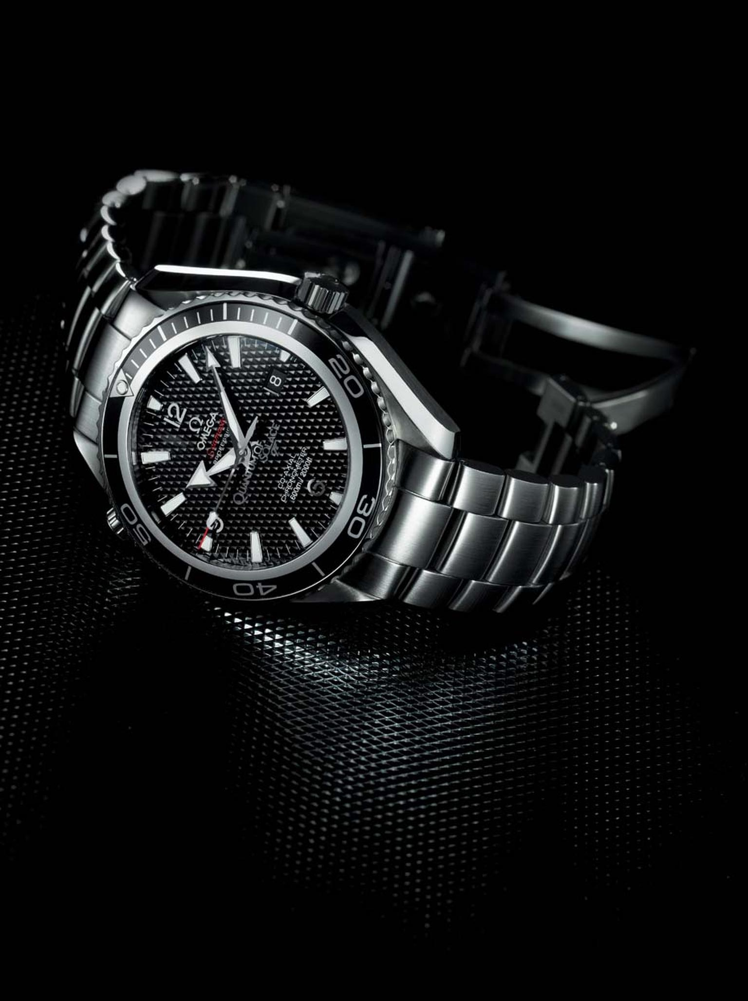 This limited edition of 5,007 pieces of the Omega Seamaster Planet Ocean 600m watch was produced to mark the release of Quantum of Solace.