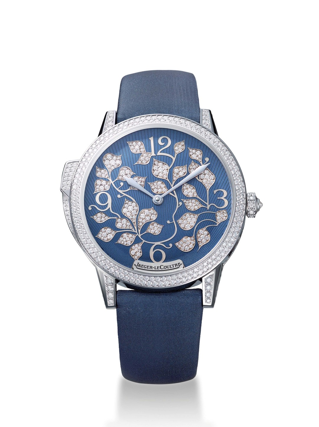 Daniel Riedo, CEO of Jaeger-LeCoultre, and his team, has unveiled the new Rendez-Vous Ivy Minute Repeater watch at Watches&Wonders in Hong Kong - the first minute repeater designed exclusively for women by the Swiss watchmaker.