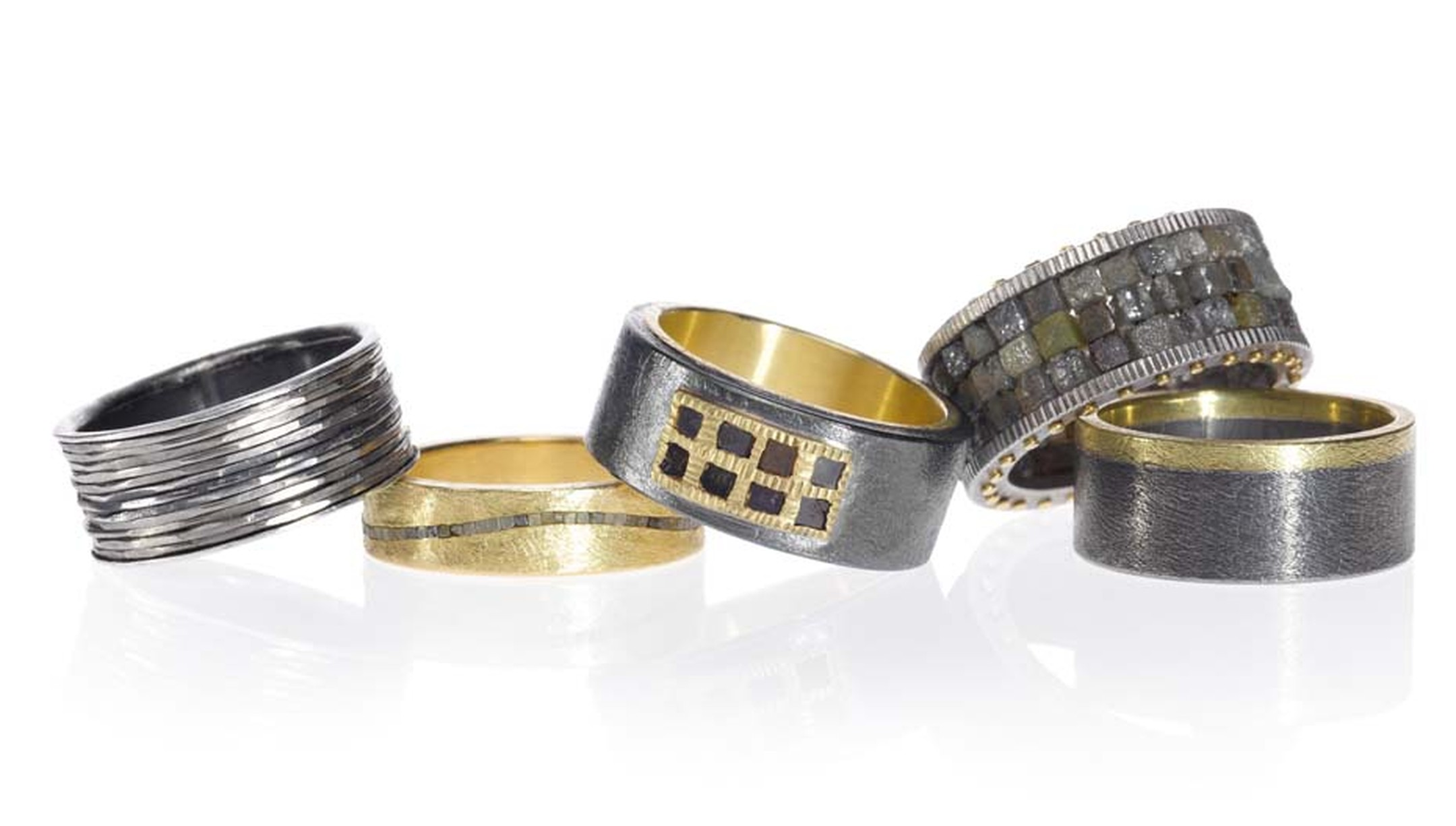 Todd Reed's new Men's Jewelry Collection features more than 600 pieces including belt buckles, rings, bracelets and dog tags as well as the more traditional men's accessory, the cufflink.