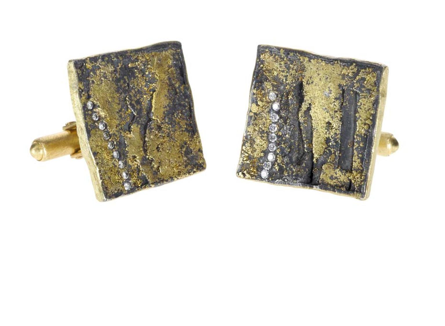 Yellow gold cufflinks from the Todd Reed Men's Jewelry Collection with a silver patina, set with brilliant-cut diamonds.